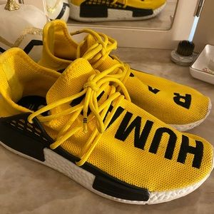 Human Race tenni shoes